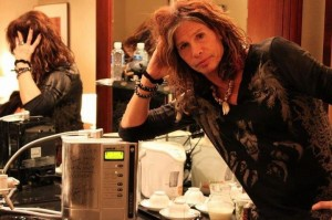 Steven Tyler with his SD 501 Platinum